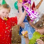 MULTICULTURAL ACTIVITY BOXES: A COUNTDOWN PARTY TO NEW YEAR'S YOUR FAMILY WON'T FORGET!